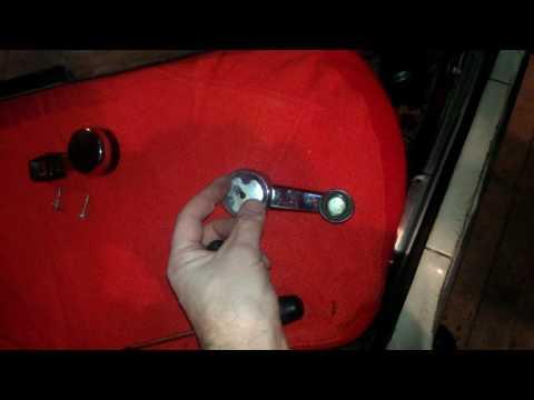 Москвич ИЖ-412: разбираемся с ручками и обшивкой дверей_1