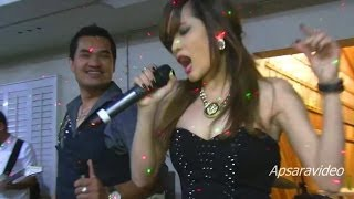 "getlinkyoutube.com-Pich Sophea USA Concert Tour. She's performing a Lam Leav song ""Penh Kramom"""