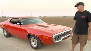 Get Deeper Inside Freiburger's 1971 Road Runner! - Roadkill Extra Free Episode