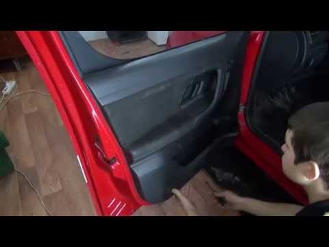 Skoda Praktik, Roomster. Разборка передней двери.