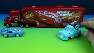 getlinkyoutube.com-Disney Pixar Cars Lightning McQueen & Mater have fun with Modified Mack!