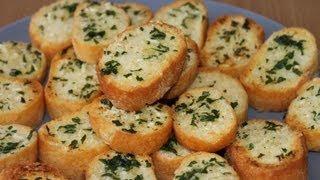 getlinkyoutube.com-Student Mealz - How to make garlic bread