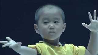getlinkyoutube.com-Ryusei(5year old)performed Bruce Lee's style Nunchaku  on martial arts event