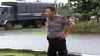 getlinkyoutube.com-brimob musang vs brimob kambing