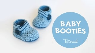 getlinkyoutube.com-How To Crochet Cute and Easy Baby Booties | Croby Patterns