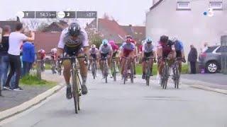 Paris-Roubaix-2018-Sagan-dynamite-la-course-et-dpose-le-peloton- width=