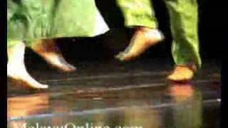 getlinkyoutube.com-Tari Serampang XII
