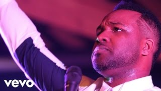 VaShawn Mitchell - Your Name...The Moment (Live)