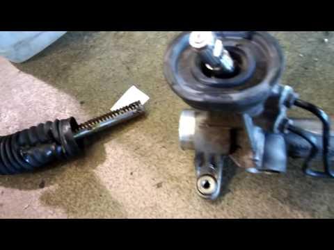 Snapped rack and pinion/Сломанная рулевая рейка