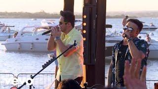 getlinkyoutube.com-Matheus & Kauan - A Rosa E O Beija-Flor - Na Praia Ao Vivo