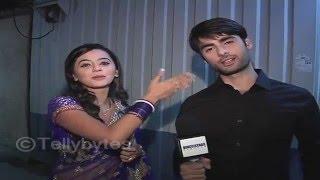 getlinkyoutube.com-Swara and Sanskar of Swaragini aka Helly and Varun's APOLOGY to fans..