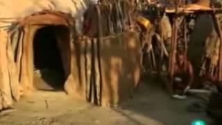getlinkyoutube.com-El desierto de las maravillas. Los Himba