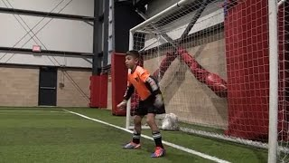 getlinkyoutube.com-Amazing 9 year old soccer goalkeeper! Dino Bontis