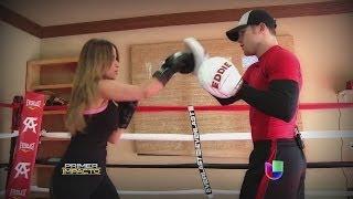 getlinkyoutube.com-El Canelo Álvarez entrenó con Jackie Guerrido - Primer Impacto