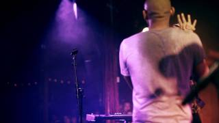 Monsieur nov (feat laure milan) - Survivrons nous (live)