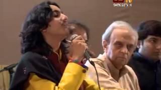 Aditya Gadhvi Performs At Gujarat Samachar & Samanvay Kavya Samaroh 2015, Day 2
