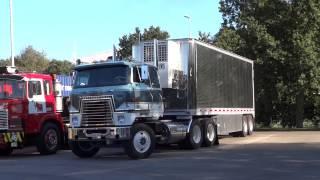 getlinkyoutube.com-Detroit Diesel powered FTFs, International Transtar. Mack R 600 pushed to life on the Mackdag 2013
