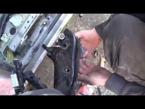 Honda odyssey как снять электрическую дверь
