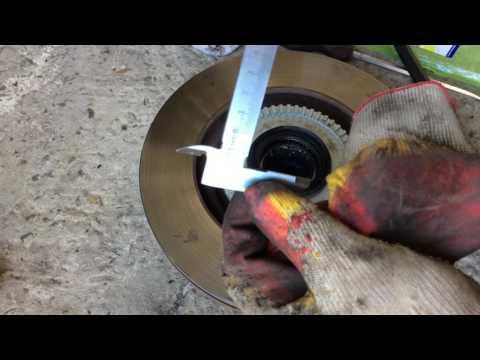 Замена кольца ABS на переднем колесе на СсангЙонг Рекстон 2006 года SsangYong Rexton