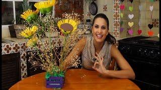 getlinkyoutube.com-Arreglo de girasoles hechos con PET reciclado