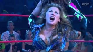 getlinkyoutube.com-TNA Mickie James(wrestling debut) vs. Sarita