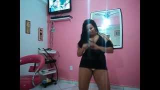 getlinkyoutube.com-Gordinha melão dançando assim você mata o papai 001