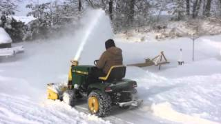 getlinkyoutube.com-John Deere 318 with 49 snowthrower