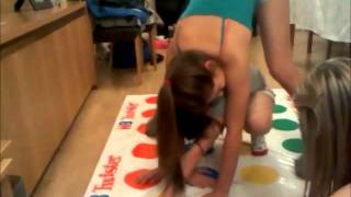 getlinkyoutube.com-Game of Twister