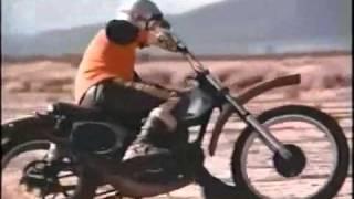 getlinkyoutube.com-Steve Mc Queen riding a Honda CR250M Elsinore