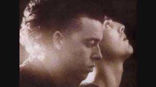 getlinkyoutube.com-Tears For Fears - Listen