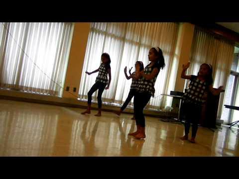 geeta khanal teach nepali dance to sanjana, geeta,kamala&allina