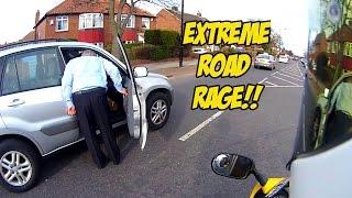 getlinkyoutube.com-Extreme Racist Taxi Driver Road rage!!