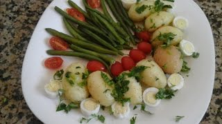 سلطة بطاطس مشرملة مع خضر مشكلة و بيض السمان - Salad of vegetable vaporized and the quail's eggs