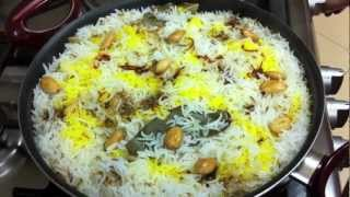 getlinkyoutube.com-Hyderabadi Chicken Biryani ~ By momzkitchen