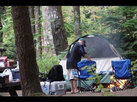 Camping: The 10 Essentials (plus other tips!)