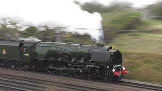 getlinkyoutube.com-46233 Duchess of Sutherland near Huntingdon and Holme 31/10/15