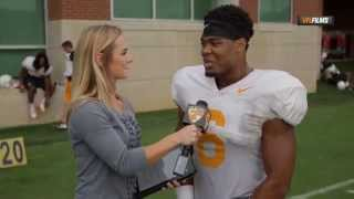 getlinkyoutube.com-#AskAVol: @ToddKellyJr6 Eats Pineapple Before Games
