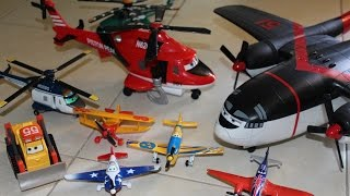 getlinkyoutube.com-Disney Planes Fire & Rescue Toys Unboxing & Playtime