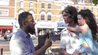"""getlinkyoutube.com-Mantab!! Bimbing bule syahadat bersama """"Street Dawah"""" [-SUBS INDO-]"""