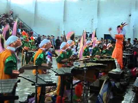 "Viendo el video ""Drum Marching Band Purwodadi Grobogan"" MP3 Gratis"
