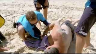 getlinkyoutube.com-Heart Attack - Cardiac Arrest - CPR (Bondi Rescue Season 9 Episode 9 Part 1)