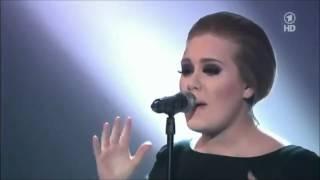 getlinkyoutube.com-Adele's best live performance of rolling in the deep