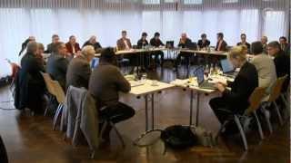 getlinkyoutube.com-Arbeiten für Gottes Lohn - Wie die Kirche ihre Sonderrechte ausnutzt | Doku