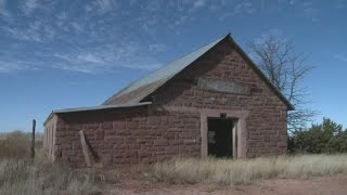 getlinkyoutube.com-Disturbing find in abandoned Route 66 buildings