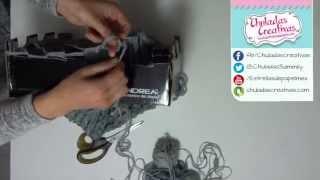 getlinkyoutube.com-Chuladas Creativas :: Tejiendo estambre con una Caja :: Cuellos de Estambre