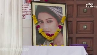 Pratyusha Banerjee PRAYER MEET Full Video