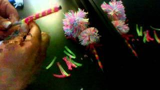 getlinkyoutube.com-plumas decoradas con ponpones