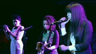 "getlinkyoutube.com-Jasmine Mans, Alysia Harris, Jennah Bell ""Waiting"""