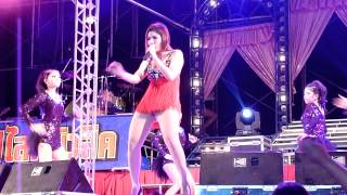 getlinkyoutube.com-Super Valentine at Wat Saphan-05