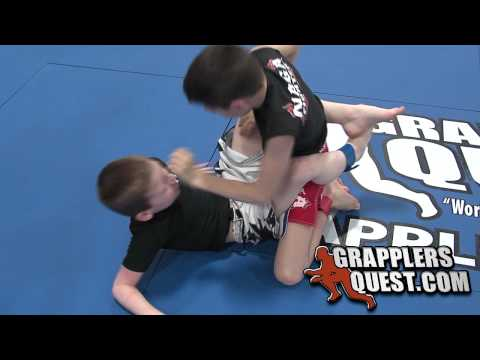 Brandon Vitacco vs Brendan Bill Kids No-Gi Battle at Grapplers Quest 2010 Beast of the East